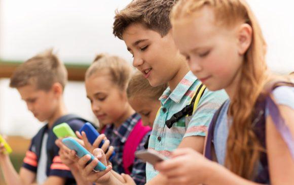 Should Children Have Smartphones?